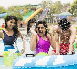 friends getting splashed